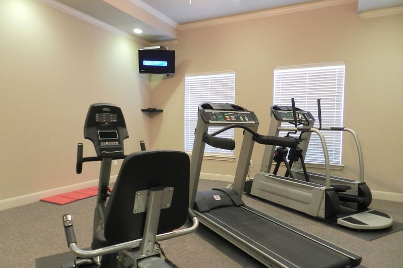 Fitness Center - Mansions at Hastings Green